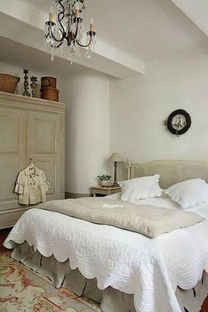 phoca_thumb_l_decoration-chambre-2