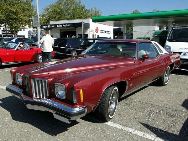 pontiac grand prix coupe 1975 a