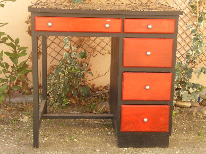 bureau personnalis photo de sieges mobilier l. Black Bedroom Furniture Sets. Home Design Ideas