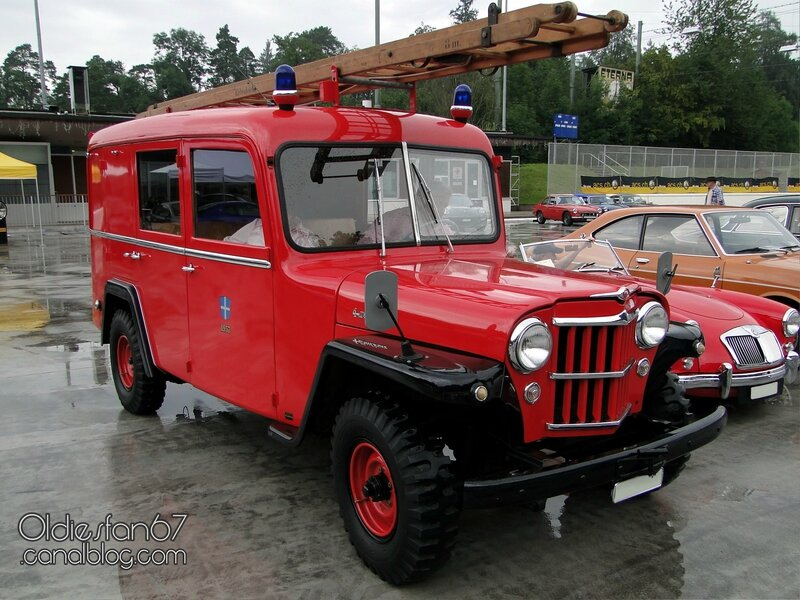 willys-jeep-van-firetruck-1957-01