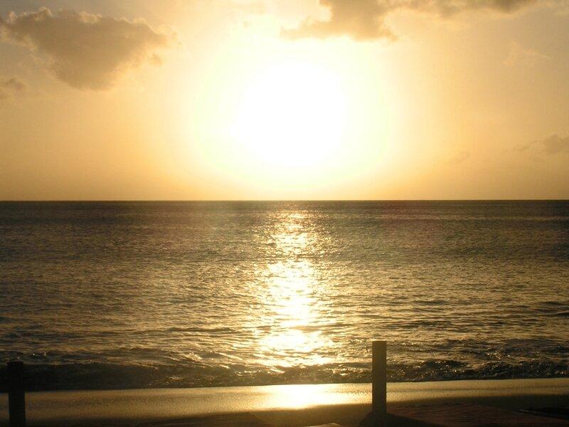 2016 03 10 (120) - coucher de soleil sur plage Le Petibonum à Le Carbet