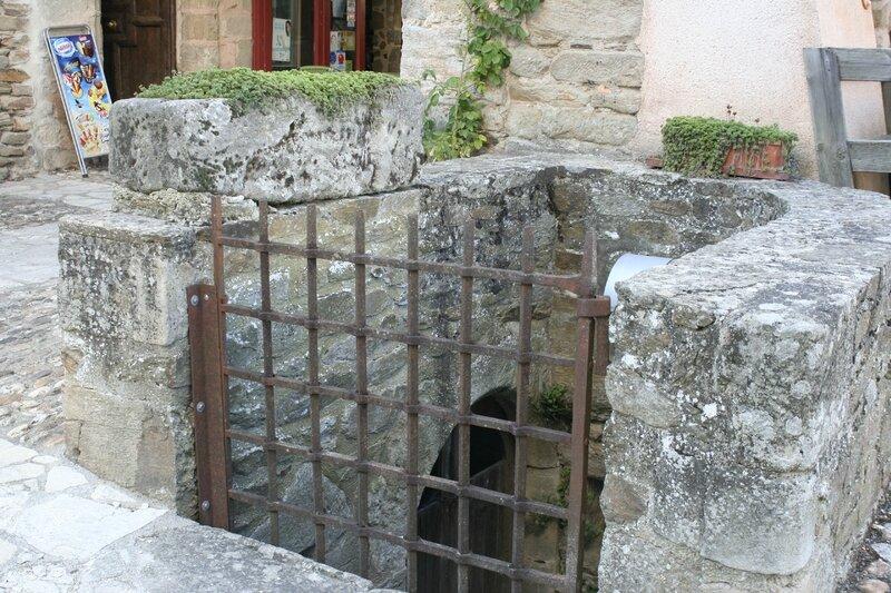 Sauveterre de Rouergue 247