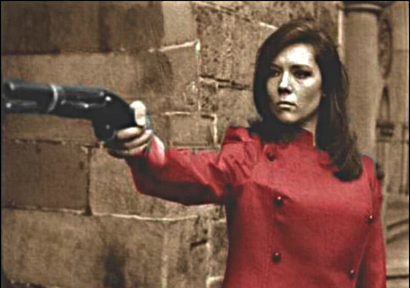 wallemmapeel-blue-Emma-Peel-wallpaper-diana-rigg-9806945-804-604
