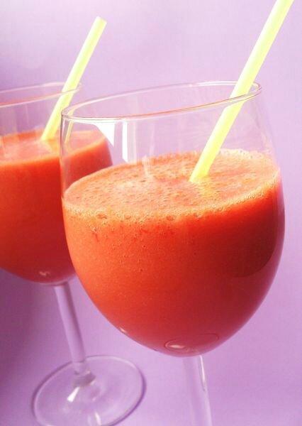 Le smoothie aux carottes, abricots et framboises de Delphine