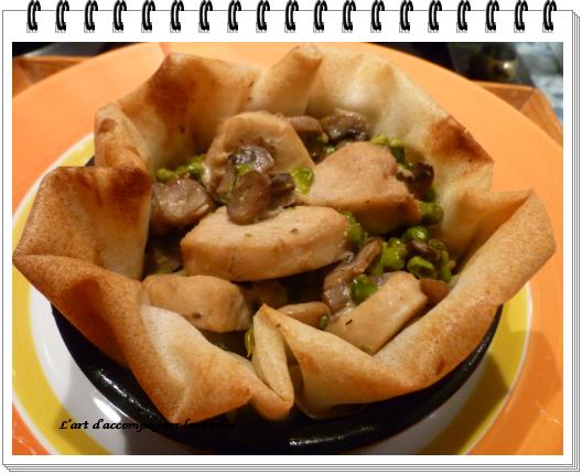 Feuilletés de poulet au Roquefort et pignons2