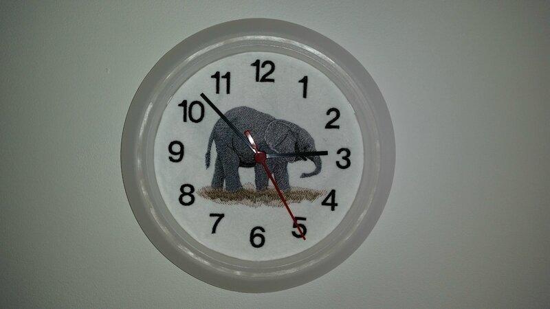 pandule bébé éléphant