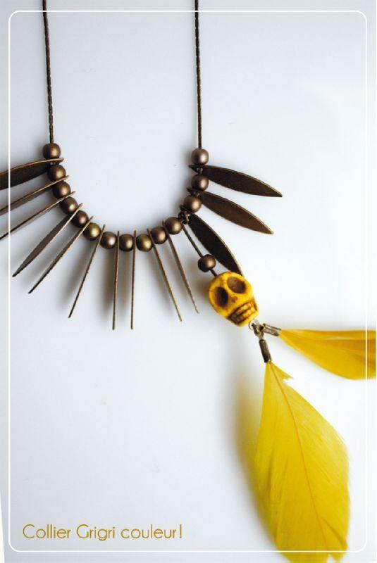 colier-grigri-jaune