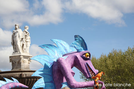 carnaval_aix_2012_dragon