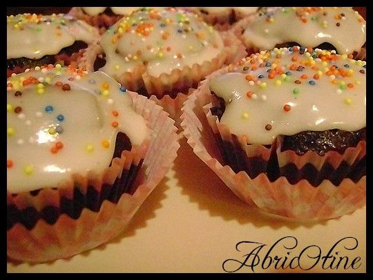 cupcakes_chocolat_glacage_sucre_glace_citron