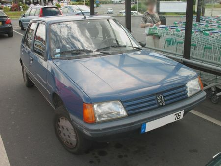 Peugeot205avGLD