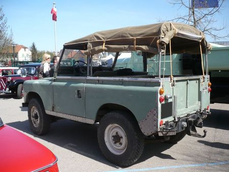 LAND ROVER Series II type 88 Châtenois (2)