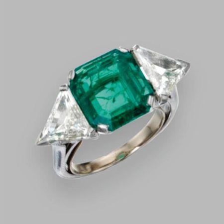 emerald8