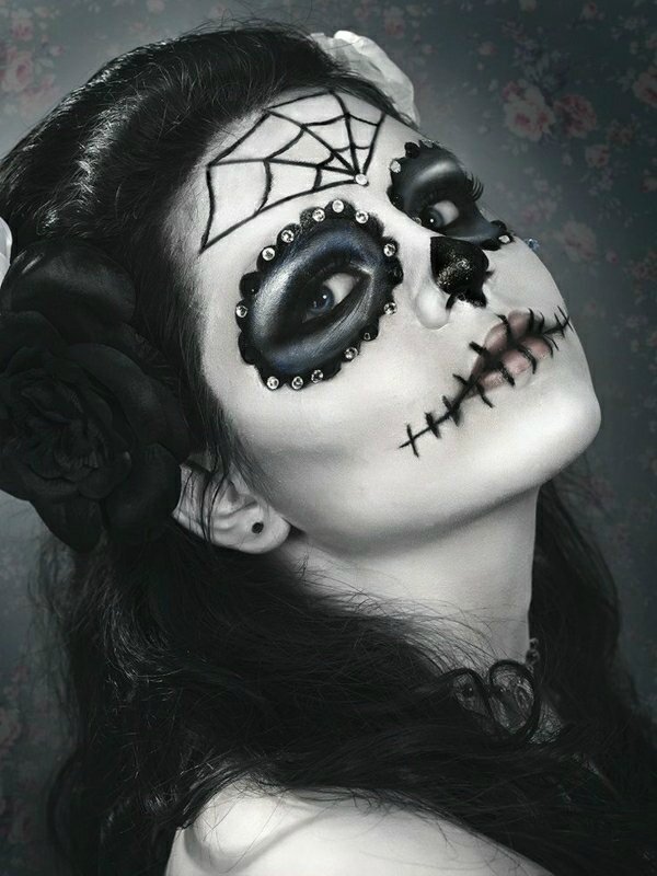 tuto-du-maquillage-de-Halloween-unique