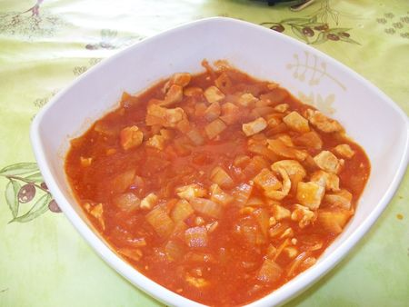 poulet_sauce_tomate_oignon_ail_et_curry_si_on_veut_10_03_28