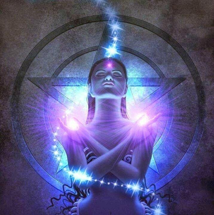 femme pentagramme - copie