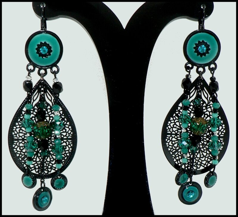 BO pendantes noires et vertes