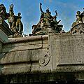 Statuaire de la fontaine Sainte-Marie.