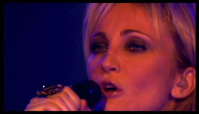 Patricia-KAAS-L-Aigle-Noir_Live_CRB_bscap013.jpg