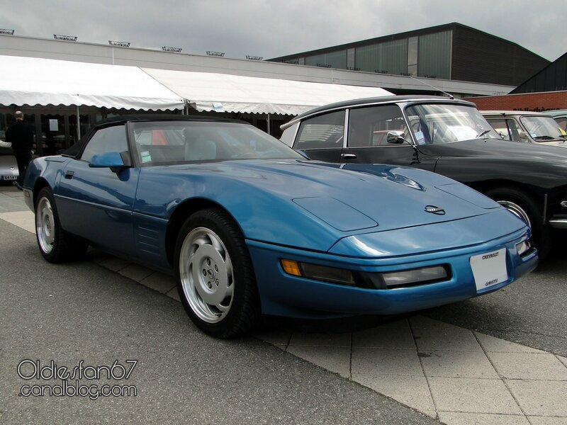 chevrolet-corvette-c4-convertible-1991-1996-01