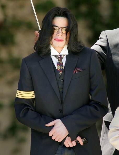 Un jour dans la vie de Michael Jackson 95179464