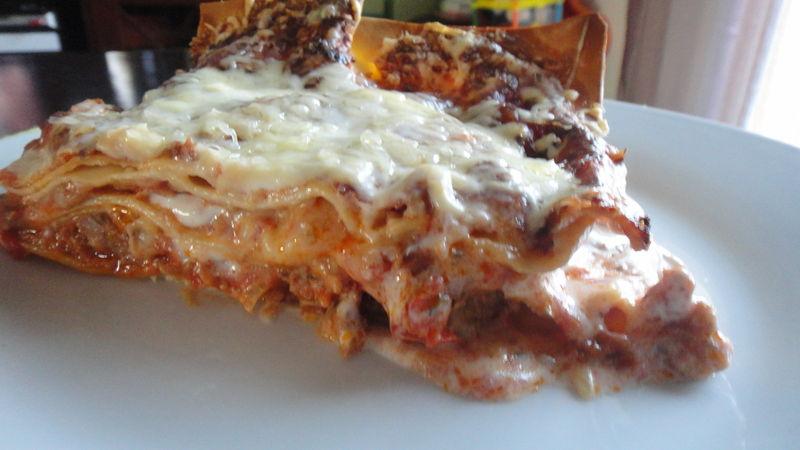 lasagnes tomates chair saucisses la cuisine de nelly. Black Bedroom Furniture Sets. Home Design Ideas