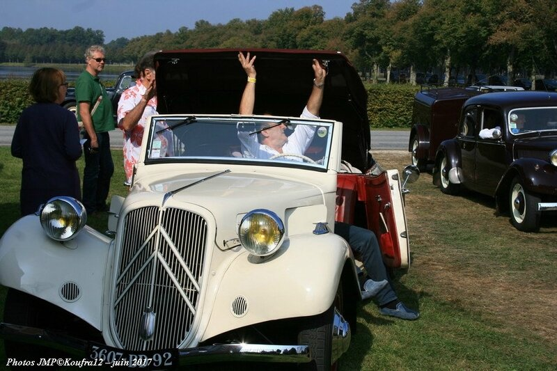 Photos JMP © Koufra12 - Traction avant 80 ans - 00061