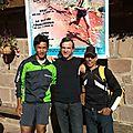 250 - Dawa Sherpa et un coureur marocain du 22km