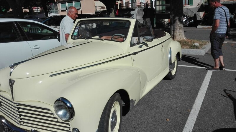 SERRES AUTO RETRO L ESTANCO 25 JUIN 2017 PHOTOS AMD A COUDRE (50)