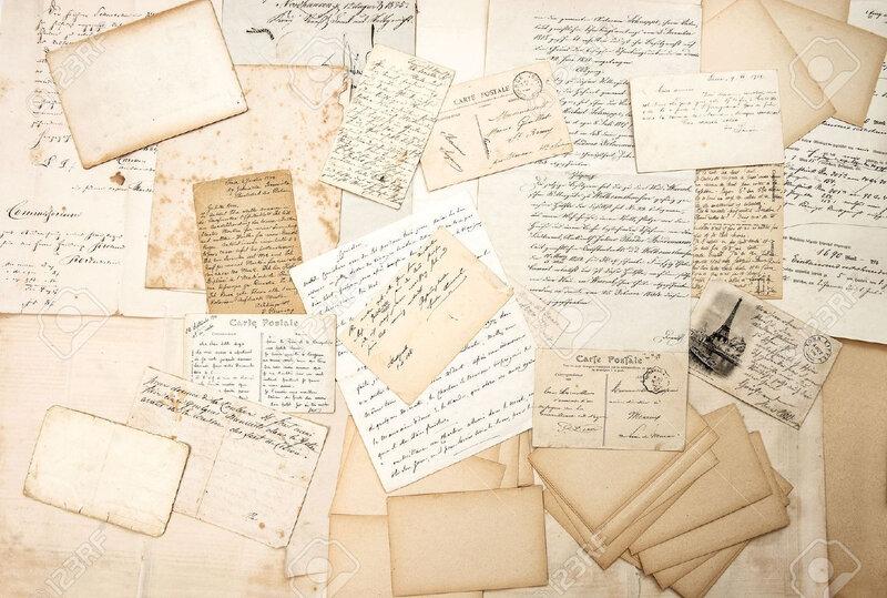 30486665-vieilles-lettres-écritures-et-cartes-postales-anciennes-fond-sentimental-nostalgique-éphémère-Banque-d'images