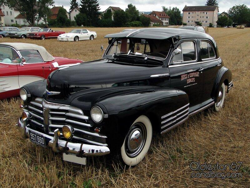 chevrolet-fleetline-4door-sedan-1948-01