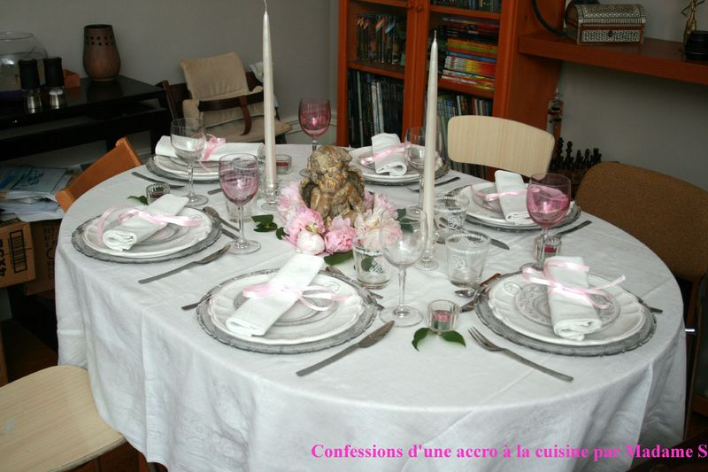 d co de table confessions d 39 une accro la cuisine et aussi au shopping. Black Bedroom Furniture Sets. Home Design Ideas