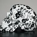 Floral porcelain skulls by noon