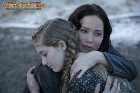 Catching-Fire-Still-Katniss-and-Prim