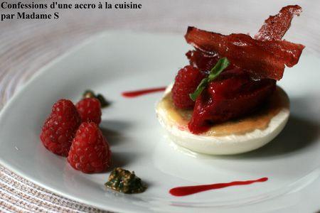 Framboises__pesto_dans_un_blanc_manger_2