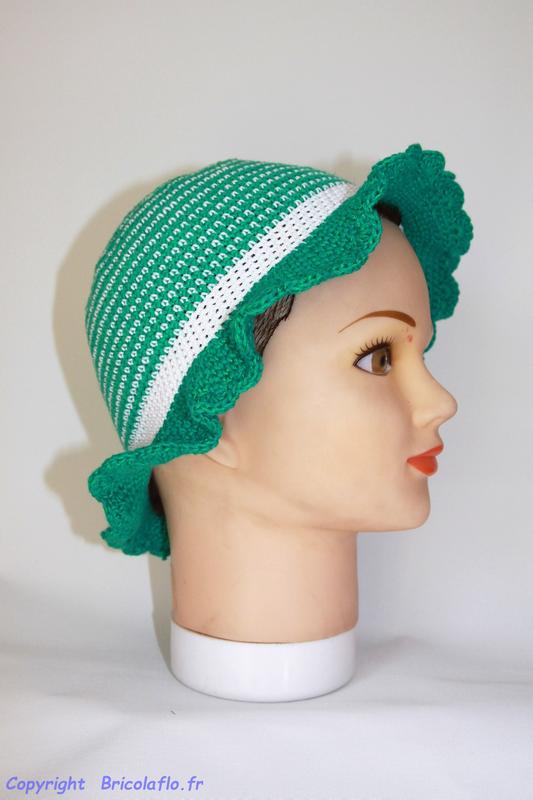 chapeau_vert_et_blanc_a