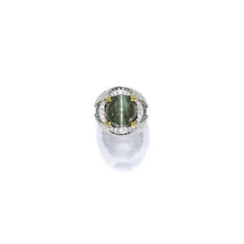 Alexandrite Cat's-Eye Chrysoberyl and Diamond Ring