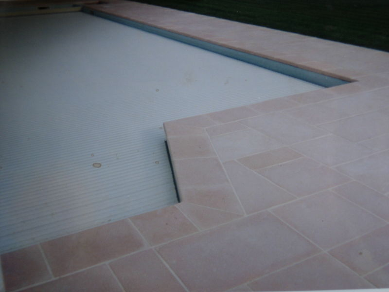 Pose carrelage sur dalle gravillonnee prix devis for Joint carrelage piscine