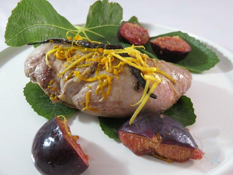 Magret de canard cuit en feuilles de figuier