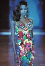 gianni_versace_andy_warhol_marilyn_dress-1991-naomi_campbell-1