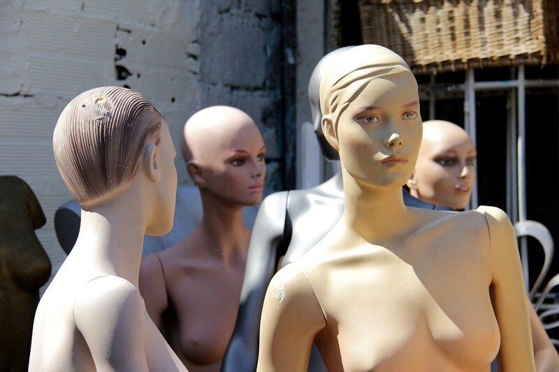 5-Mannequins, Pte St Ouen_1600