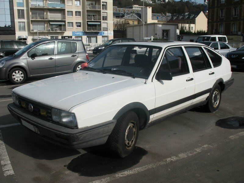 VolkswagenPassatB2Cav1