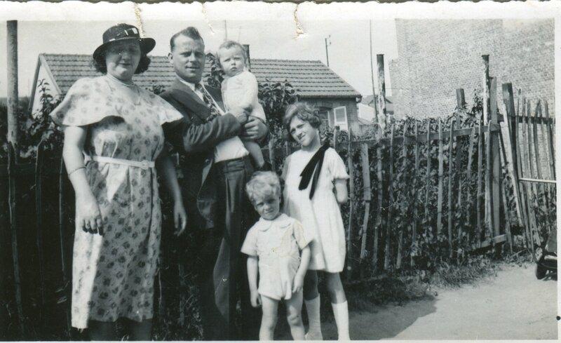1935 - Simonne Gontier Raoul Lecomte Jacques Gerard Micheline