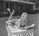 EarlLeaf_1951_Bikini_018_040_1