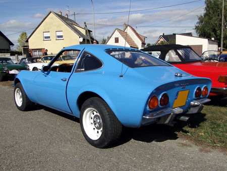 OPEL_GT_1900___1968_73__2_
