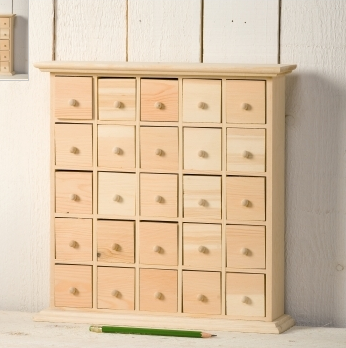 Calandrier de l 39 avent customis maudeux for Customiser meuble en bois