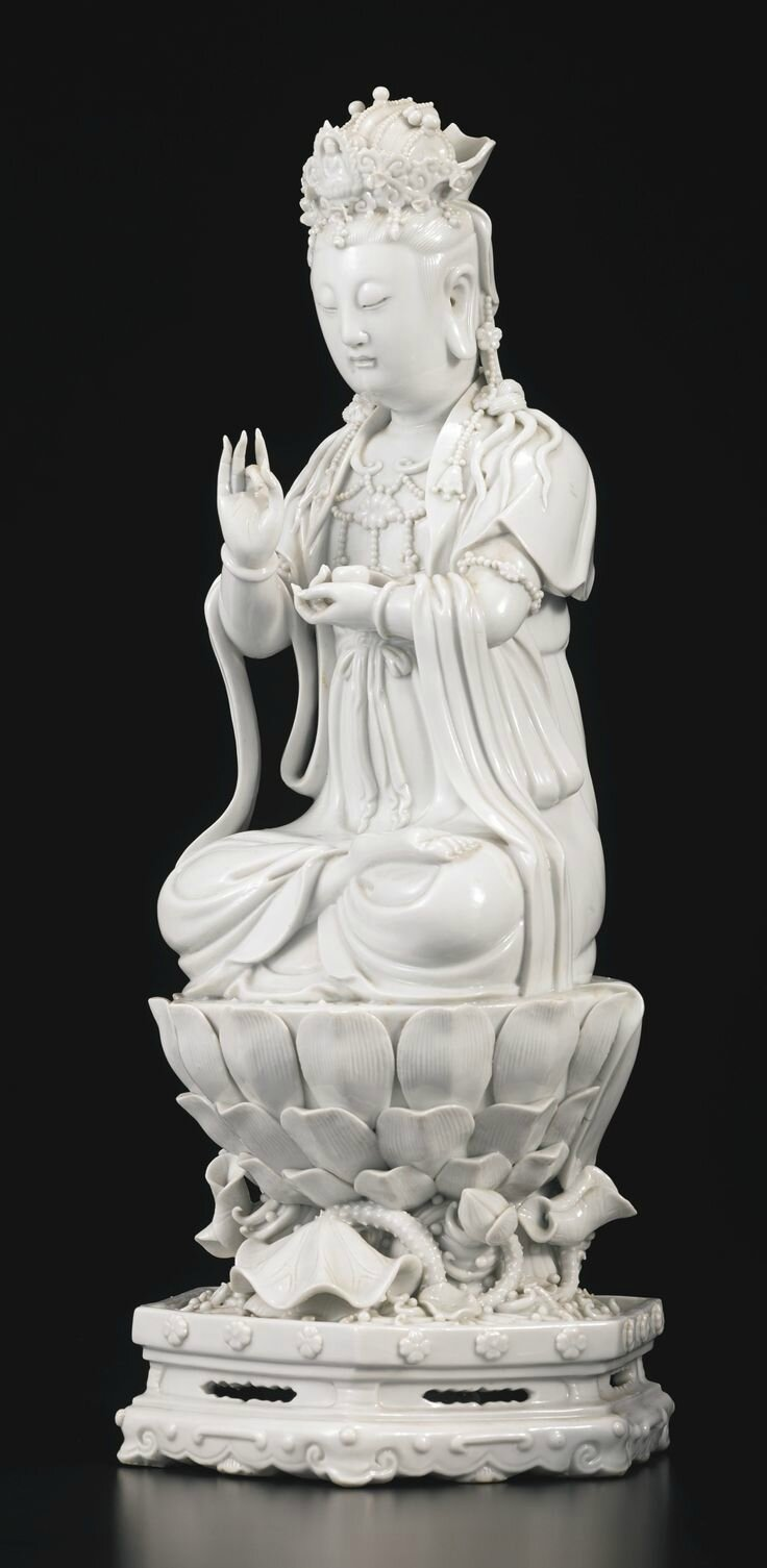 A Dehua seated Guanyin, China, Qing dynasty, 19th century