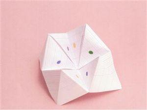 origami cocotte patience et rires l 39 atelier de fils f es. Black Bedroom Furniture Sets. Home Design Ideas