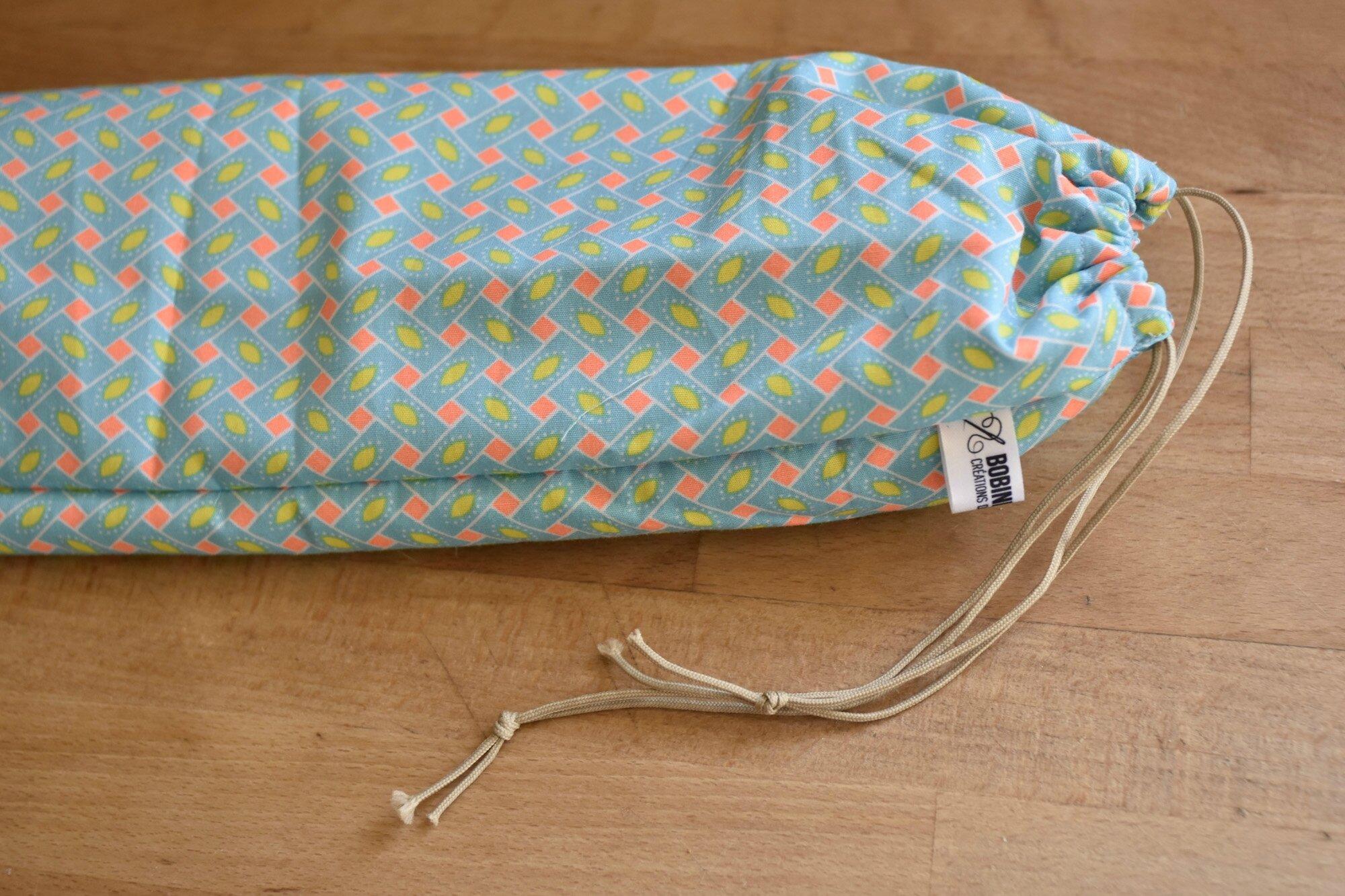 tuto sac a jouet tapis de jeu sac jouets couture aurlie le bac jouets multipoches couture. Black Bedroom Furniture Sets. Home Design Ideas