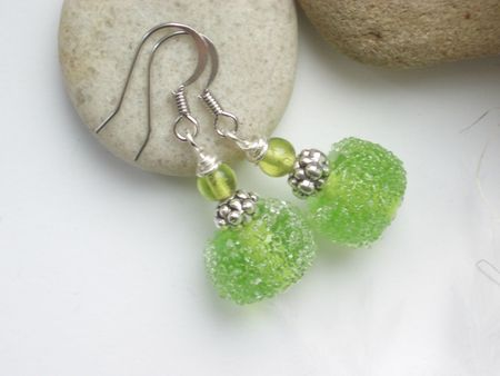 boucles-d-oreille-boucles-d-oreilles-perle-en-verre-d-964627-bo12