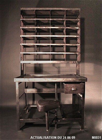 au cul du camion relook meubles. Black Bedroom Furniture Sets. Home Design Ideas